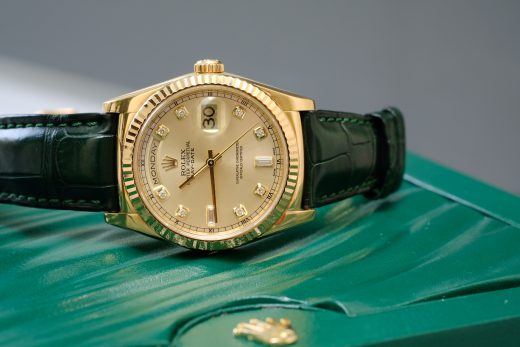 Những điều cần lưu ý khi thay dây da đồng hồ rolex chính hãng