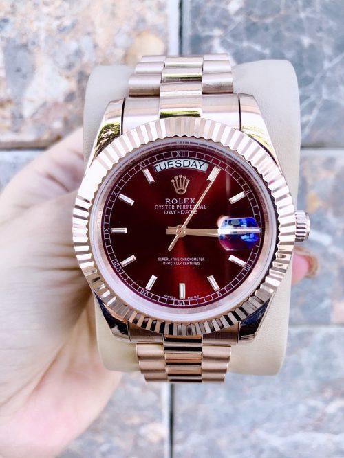 Vì sao những chiếc đồng hồ rolex mặt đỏ lại có mức giá ấn tượng đến vậy?