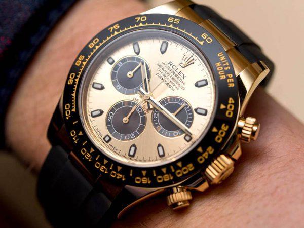 Những gì mà chiếc đồng hồ rolex máy cơ làm được đặc biệt thế nào?