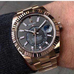 Khám phá ngay chiếc đồng hồ rolex nam Sky-Dweller