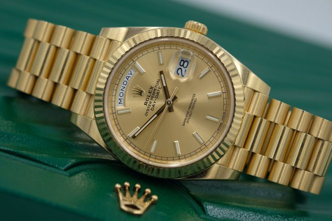 Review cực nhanh về chiếc đồng hồ rolex vàng Oyster Perpetual Day-Date 40