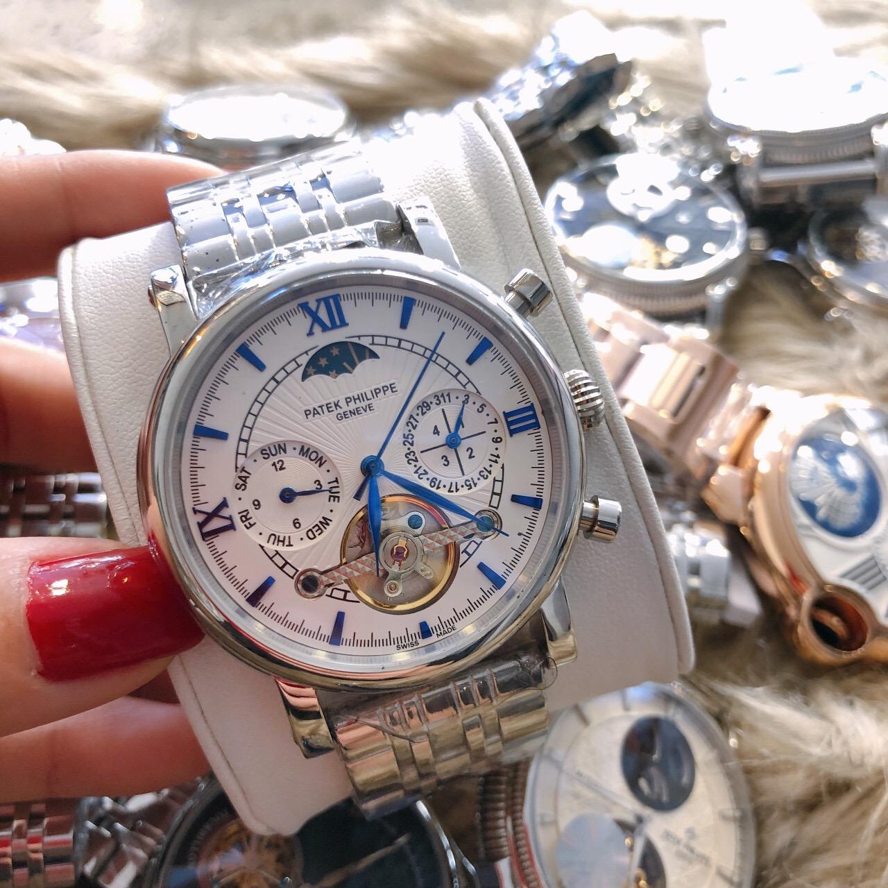 Review chuẩn nhất về đồng hồ Patek Philippe 750 P83000