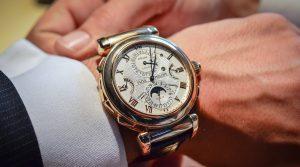 Bạn có biết giá đồng hồ Patek Philippe chính hãng bao nhiêu không?