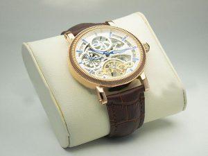 Điều gì làm nên độ HOT của đồng hồ Patek Philippe Replica?