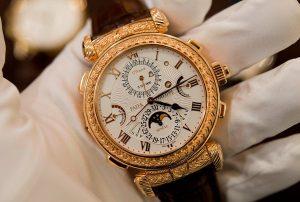 Khám phá những nét nổi bật của đồng hồ Patek Philippe 2584