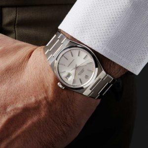 Những điều bạn không thể không biết về đồng hồ Rolex Oysterquartz